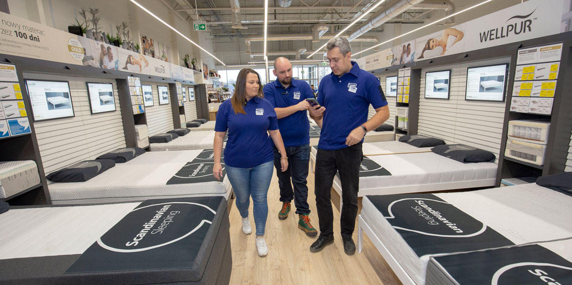 First four Store Managers in Russia prepare for April