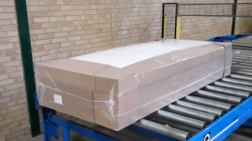 New box mattress packaging