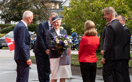 Queen visits JYSK in Germany